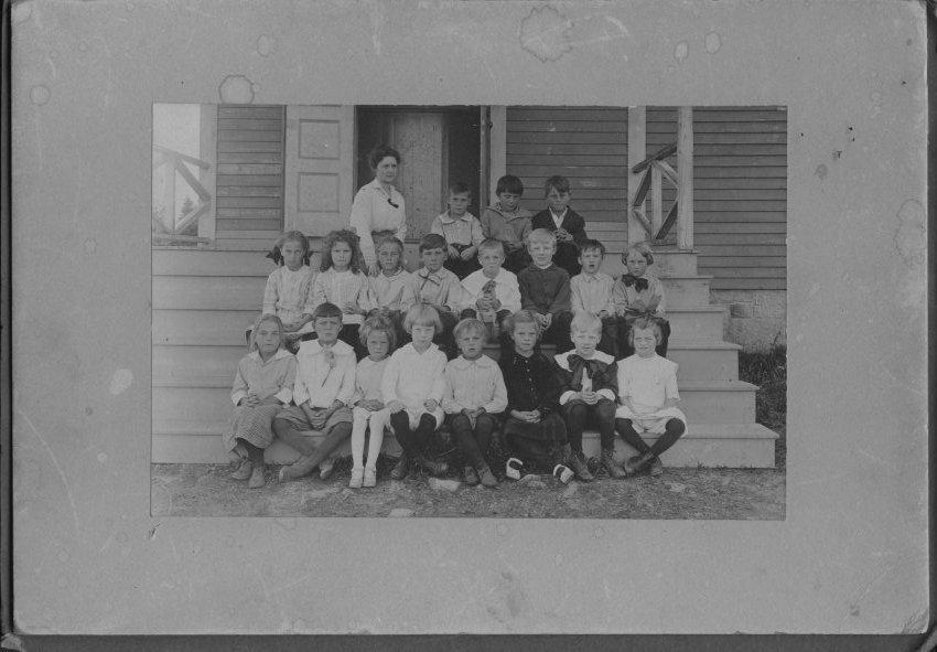 school class photo, unknown children