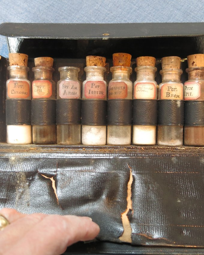 Medical powders