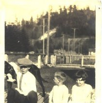 Image of Lawrence Beers with His Dog Nig & Two Unidentified Children -