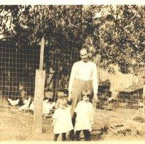 Image of Paul Knoernschild & Daughters Dora (Terhune) & Mary (Lewis) -