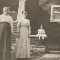 Image of Mrs. Stanley and Mother and Little Daughter Lydia - Ferol Tibbetts Collection