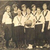 Image of 1921 Issaquah High School Women's Basketball Team -