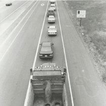 Image of Empty Carpool Lane in Heavy Traffic - Issaquah Press Collection