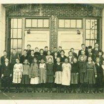 Image of Sixth Grade Schoolchildren in 1920 -