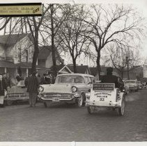 Image of Local P3 Union strike in Cedar Rapids, IA, 1959.