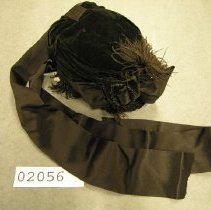 Image of 2056 Black Velvet Bonnet