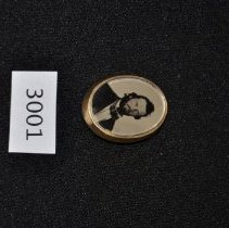 Image of Photo Brooch 3001
