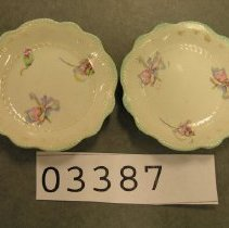 Image of 3387 pair of cup plates