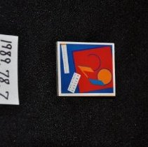 Image of 29 Iowa Artists pin 1989.78.7