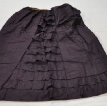 Image of 2082 skirt, maroon, back