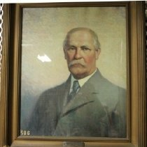 Image of 586 Portrait