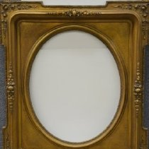 Image of 114 Frame for portrait with name plate