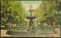 Image of 3570.863 Postcard