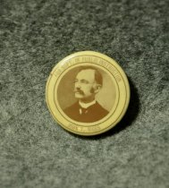 Image of 162.145 Political button