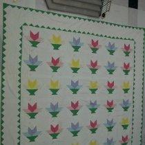 Image of Quilt, Bed - Kentucky Flower Basket quilt