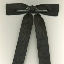 Image of back of tie