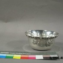 Image of Bowl, Finger