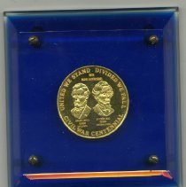 Image of Paperweight - Civil War centennial medal