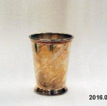 Image of Beaker, Drinking