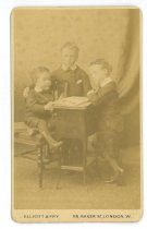 Image of Carte-de-Visite - Smith Family ; Smith Children