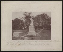 Image of Print, Photographic - Monument and Grave of Alexander Stephens