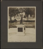 Image of Print, Photographic - Sam Davis Monument