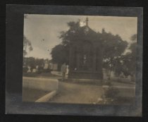 Image of Print, Photographic - Grave of James Monroe, Hollywood Cemetery