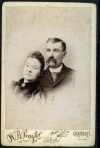 Image of Cabinet Card - Unidentified Man and Woman