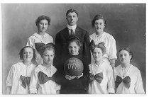 Image of Auburn High School Girls Basketball Team - Eckhart Public Library Postcard Collection