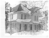 Image of House at Lincoln and Center Streets - Eckhart Public Library Photo Collection