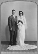 Image of Yoder Reinhart Wedding - Willennar Genealogy Center Photo Collection