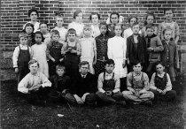 Image of Cedar Lake School - Willennar Genealogy Center Photo Collection