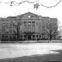 Image of DeKalb Co. Courthouse - JMS DeKalb Co. 1837-1987 Collection