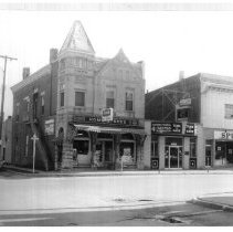 Image of 100 Block W. 7th St. - JMS DeKalb Co. 1837-1987 Collection