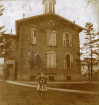 Image of Waterloo High School - JMS Henry Link Collection