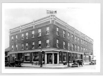 Image of Auburn Hotel - JMS Henry Link Collection