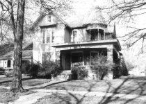 Image of 718 N. Main St. - Auburn Homes and Businesses Collection