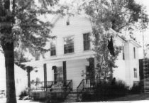 Image of 107 W. 2nd St. - DNR Architectural Survey Collection