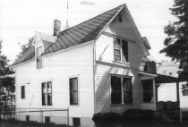 Image of 108 W. 4th St. - DNR Architectural Survey Collection