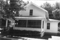 Image of 333 W. 4th St. - DNR Architectural Survey Collection