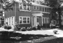 Image of 219-321 W. 4th St. - DNR Architectural Survey Collection