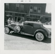 Image of Custom Bodied Duesenberg at the ACD Festival - Jack Randinelli ACD Collection