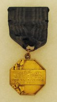 Image of 2014.12.06 - This is Don Lash's 1937 J. Gimbel Medal for Mental Attitude.