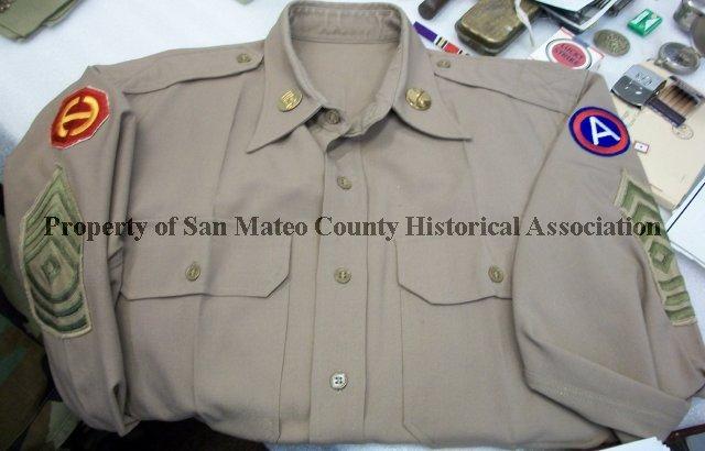 2010 090 081 - WWII U S  Army 1st Sergeant Dress Blouse, c