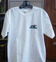 Image of 2010.013.002 - white 100% cotton T-shirt, size M. Bay Meadows Racecourse logo in black and teal on left front ; image of two horses racing; one jockey wearing yellow, the other red against a US flag background.  Bay Meadows / Racecourse written below in blue