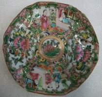 Image of Holbrook-Palmer Rose Canton Dish, mid-19th century