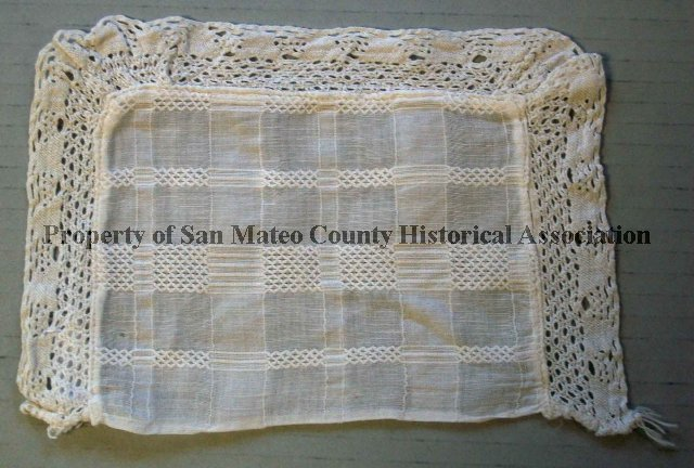 1976300014 Doily Nd Off White Rectangular Doily With