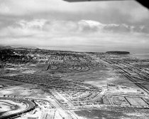 Image of 2015.001.00650.2 - City of San Mateo East of El Camino Real Looking North, August 5, 1956