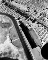 Image of 2015.001.00715.8 - Bay Meadows Grandstand in San Mateo, August 1958