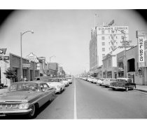 Image of 2015.001.01862.1 -  East 3rd Avenue in Downtown San Mateo, 1961